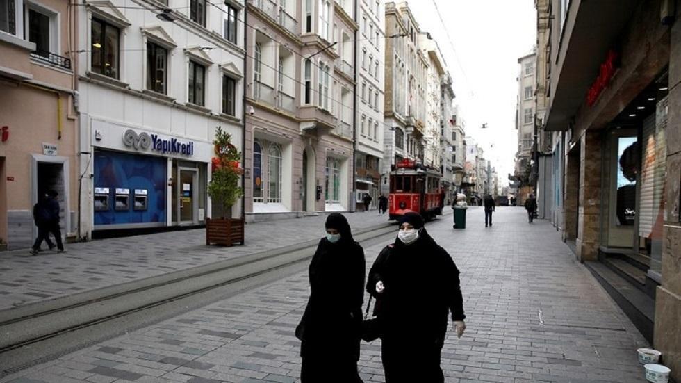 تركيا تتعقب المصابين بكورونا عبر هواتفهم