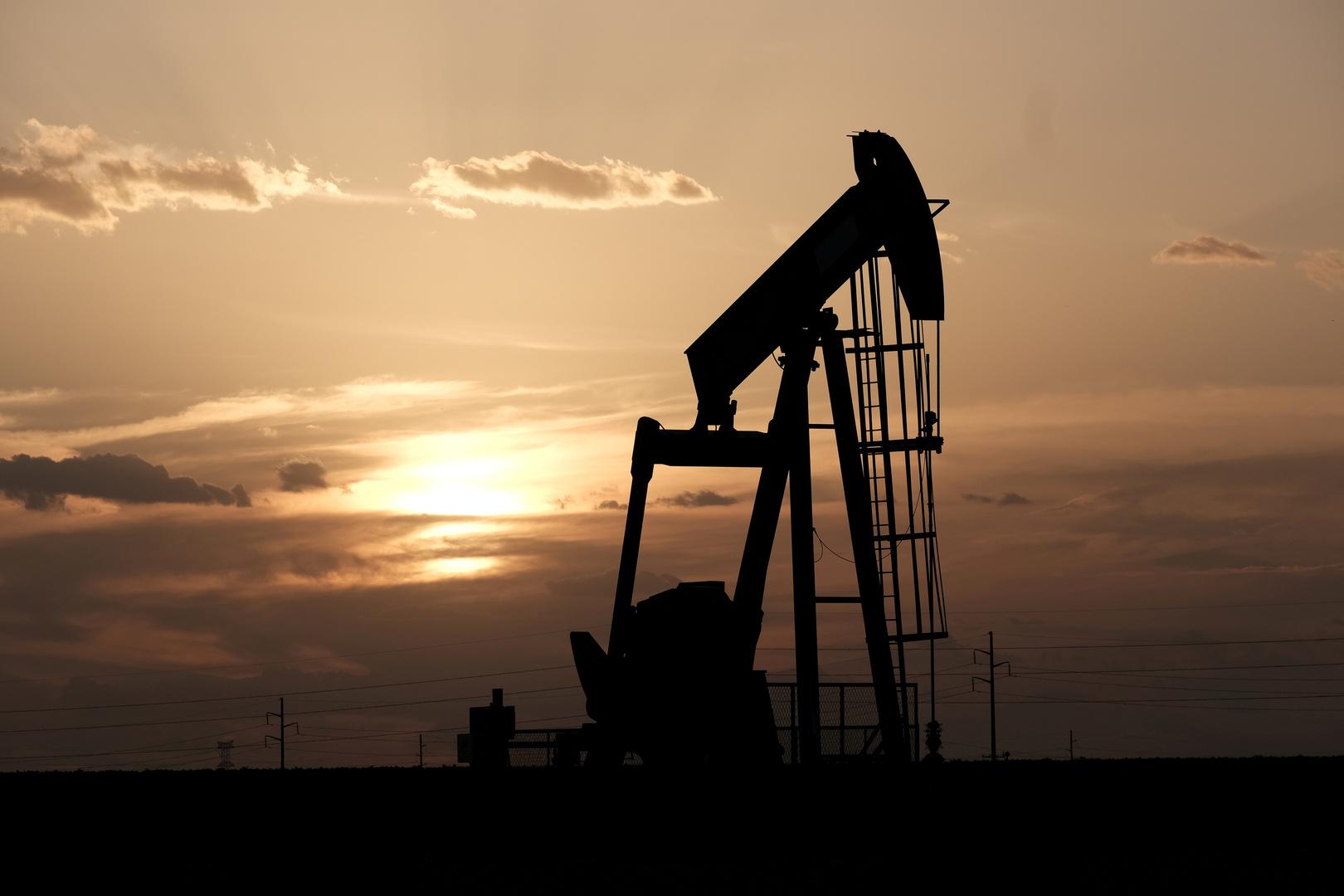 هبوط إنتاج النفط في الولايات المتحدة بمقدار 600 ألف برميل يوميا