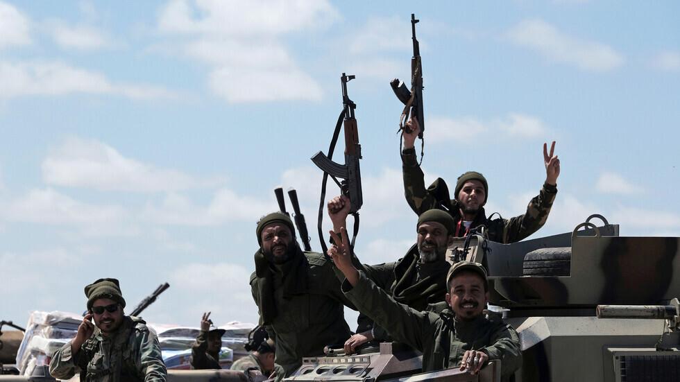 حكومة الوفاق الليبية: وصول سفينة من مصر تحمل مساعدات عسكرية لقوات حفتر (صورة)