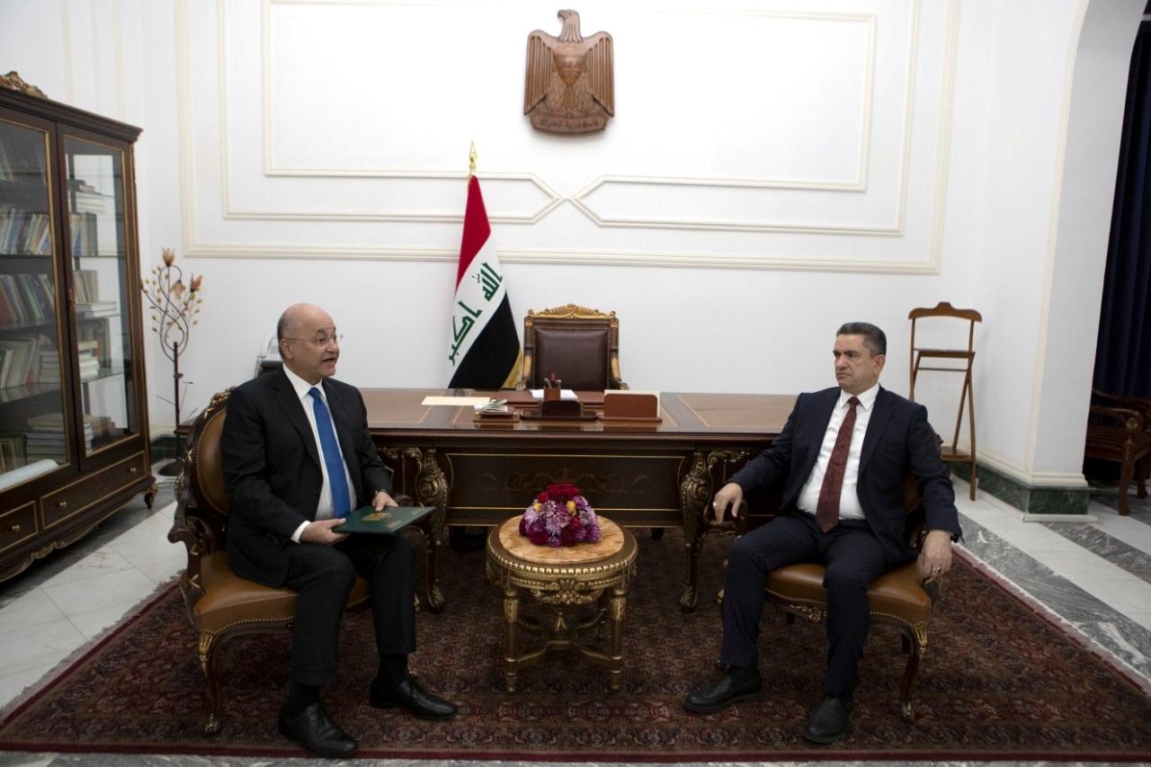 الرئيس العراقي يكلف مصطفى الكاظمي بتشكيل الحكومة العراقية (صور)