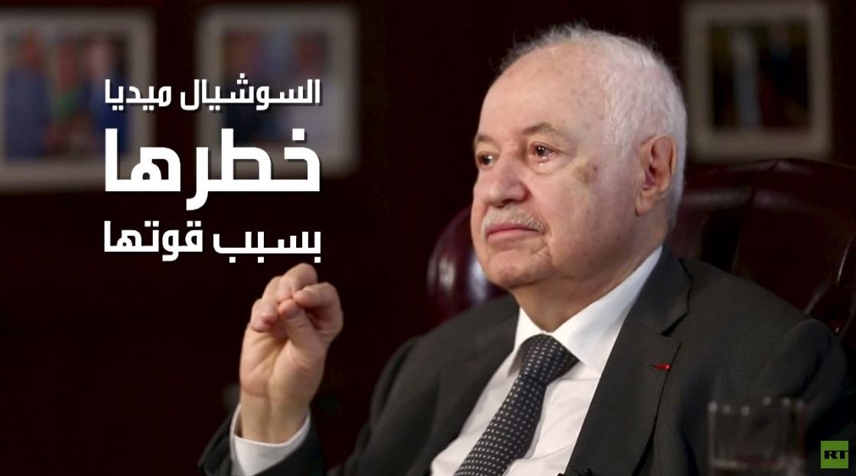 أبو غزالة: السوشيل ميديا خطرة ويجب أن تصبح مهنة تحت الرقابة