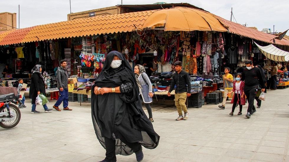 سوق في إحدى مدن إيران