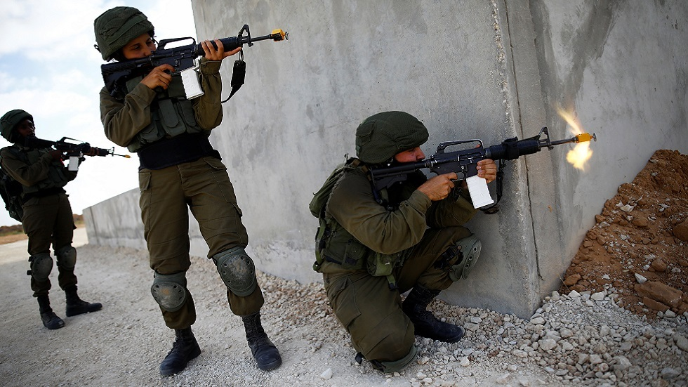 تدريب لأفراد الجيش الإسرائيلي في قاعدة عسكرية بالنقب (صورة أرشيفية)