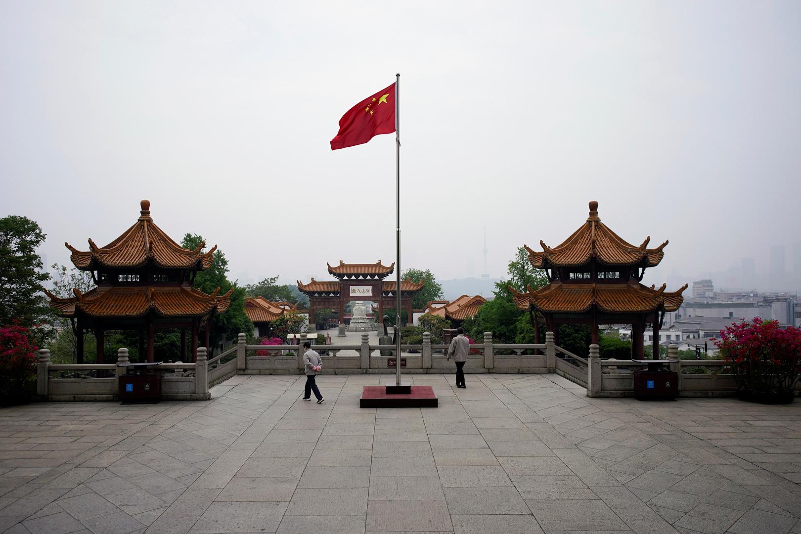 الصين ترد على الاتهامات الغربية: هذا وقت العلم والتضامن ضد كورونا وليس التنمر