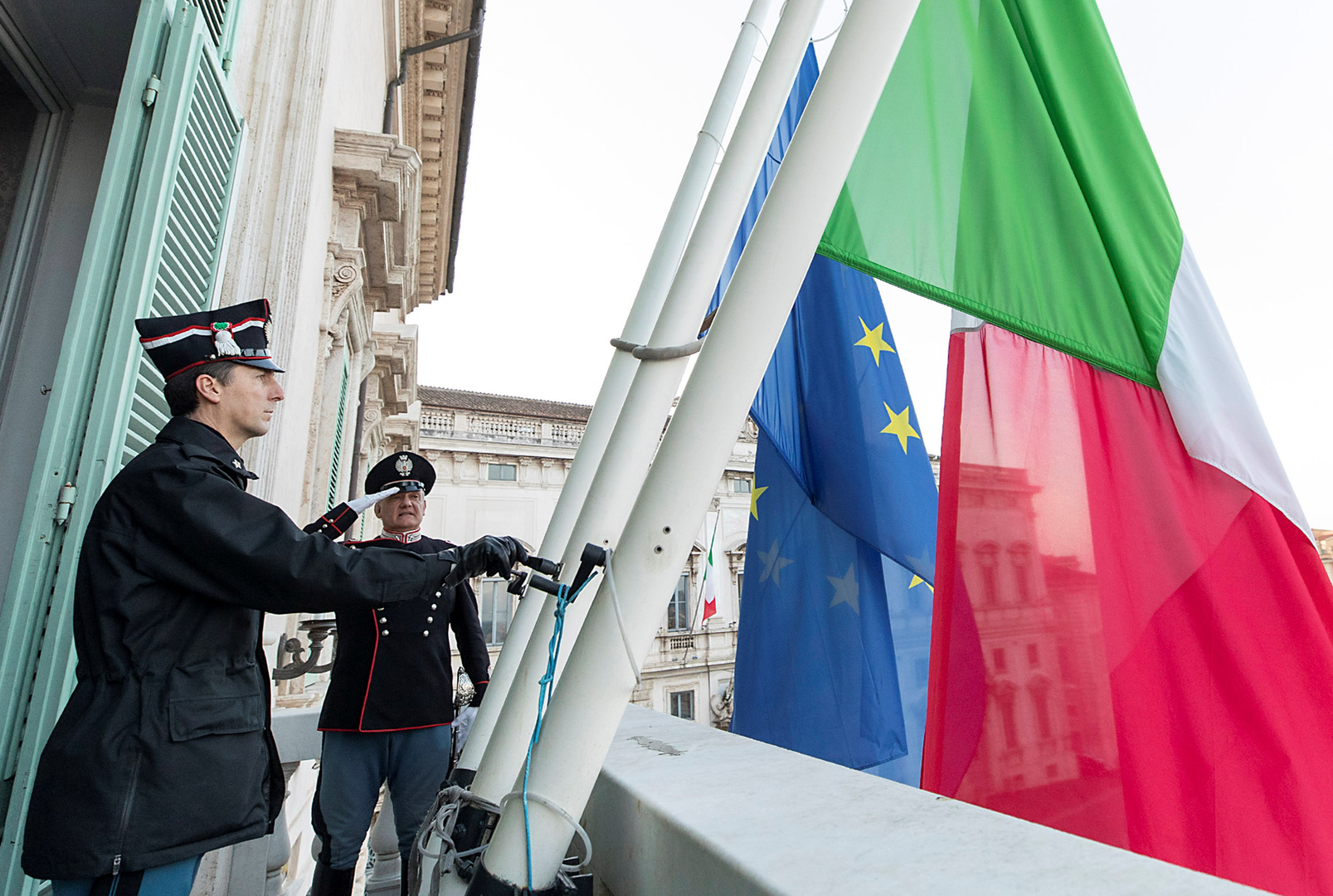 استطلاع:أكثر من نصف الإيطاليين يؤيدون الخروج من الاتحاد الأوروبي إثر كورونا
