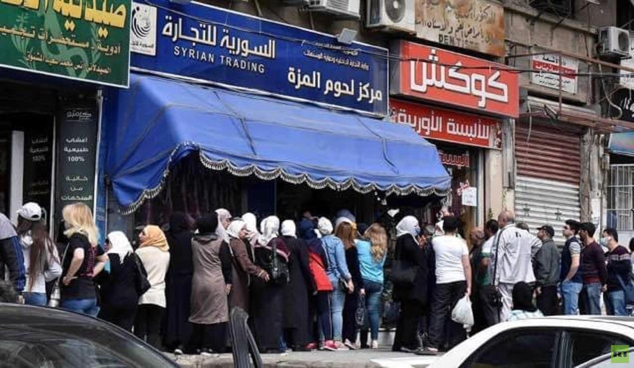 زدحام شديد في المدن السورية خلال اليومين الأخيرين