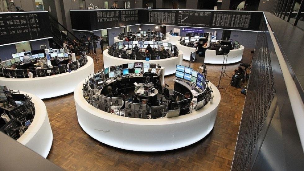 الأسهم الأوروبية تهبط بفعل انهيار أسعار النفط ومخاوف كورونا