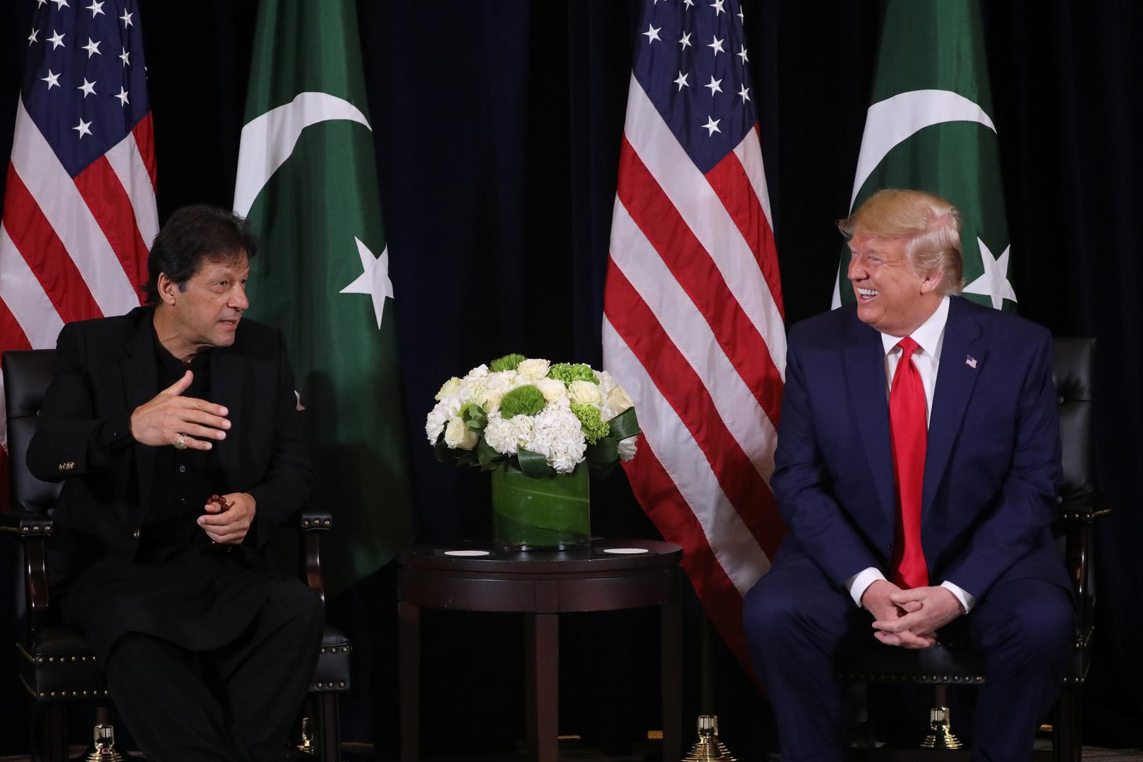 ترامب وعمران خان يبحثان أفغانستان والتنسيق ضد كورونا