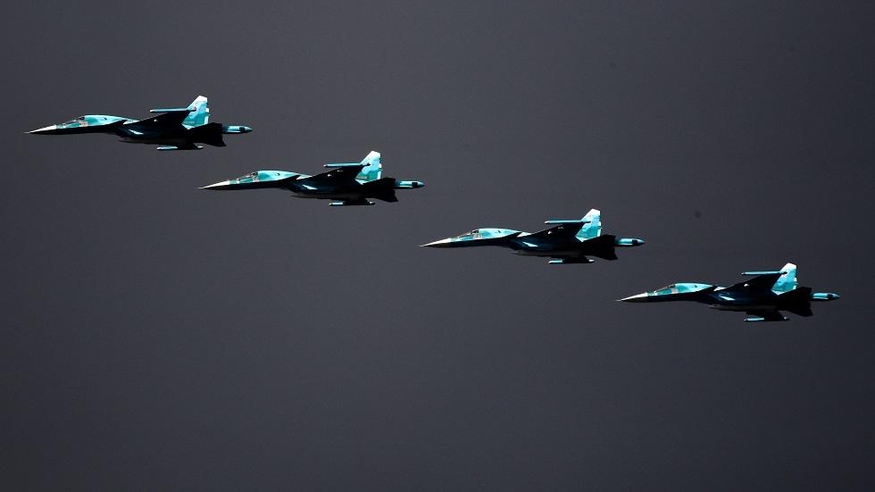 روسيا تختبر أهم قاذفاتها الحربية في تدريبات عسكرية واسعة النطاق