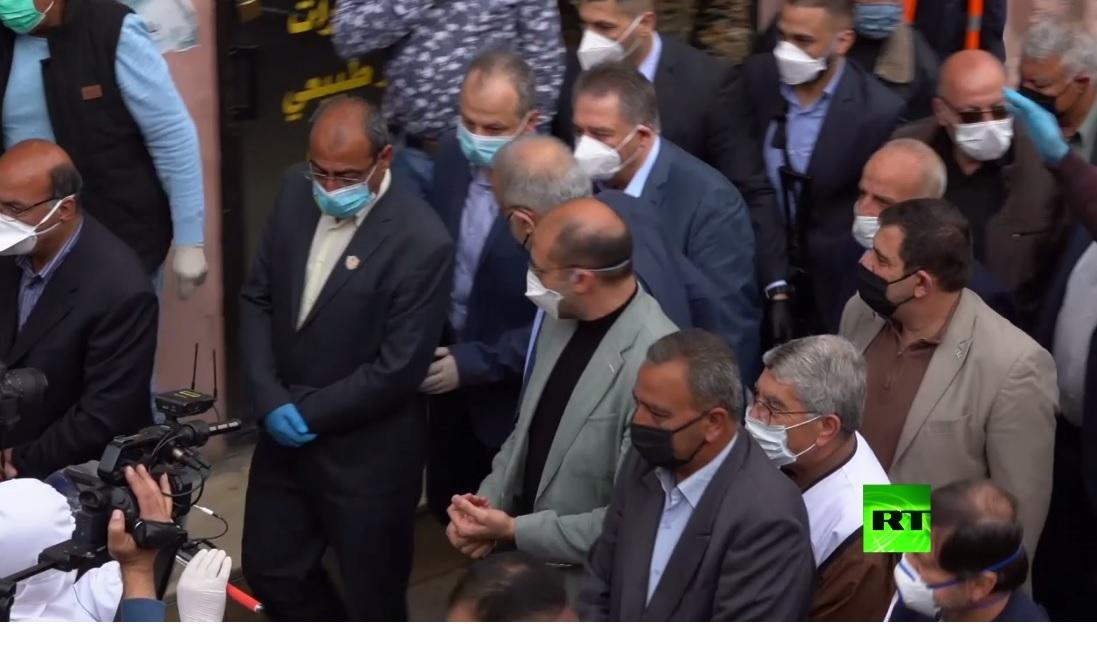 بالفيديو.. وزير الصحة اللبناني يتفقد الأوضاع في مخيم للاجئين ...