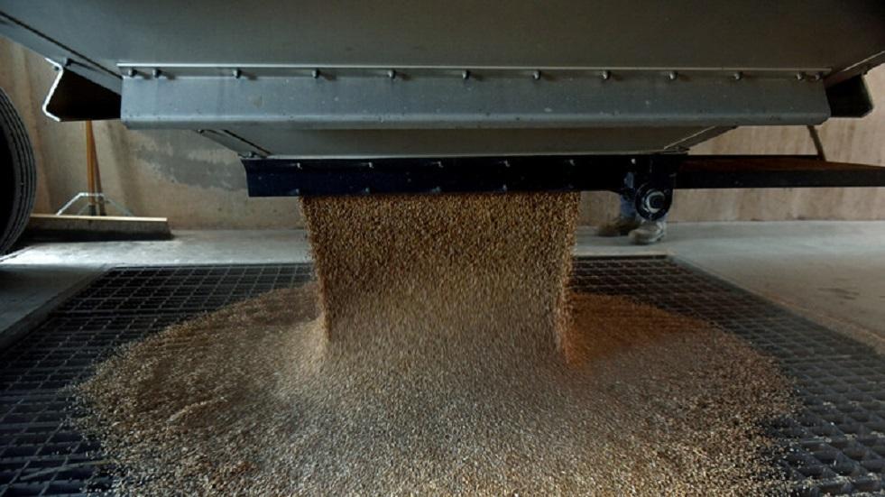 روسيا تعلّق تصدير الحبوب