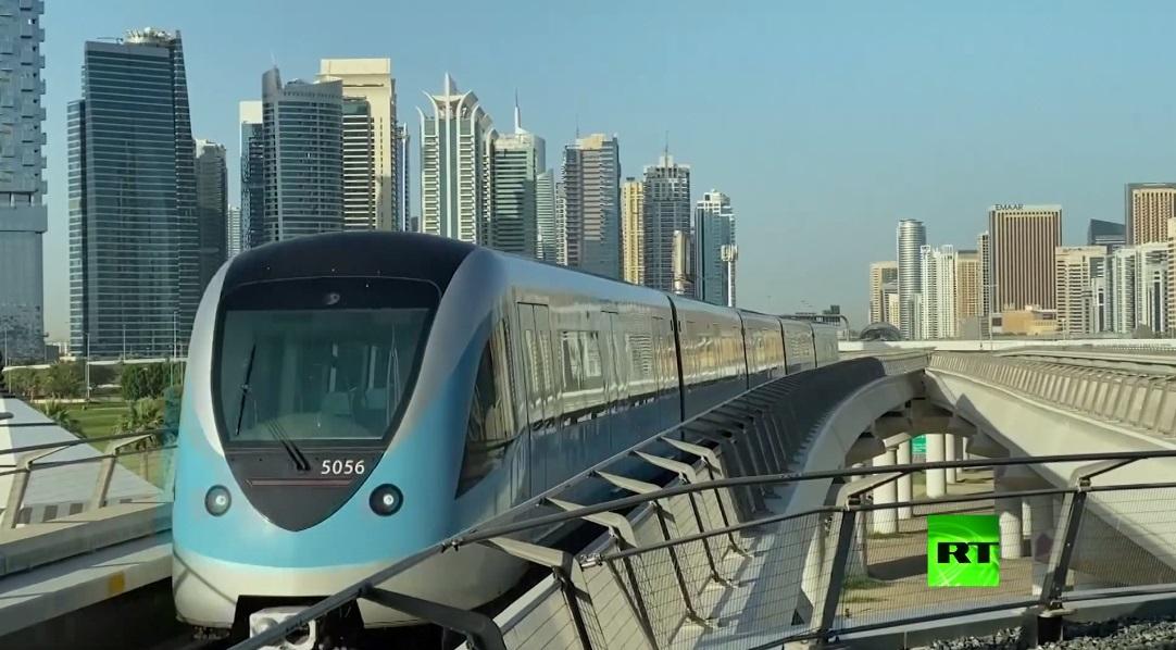 لقطات من مترو دبي بعد تخفيف إجراءات الحظر