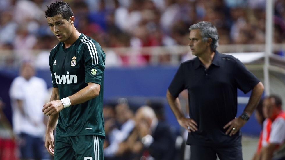 لا ميسي ولا رونالدو.. مورينيو يختار أفضل لاعب في تاريخ كرة القدم