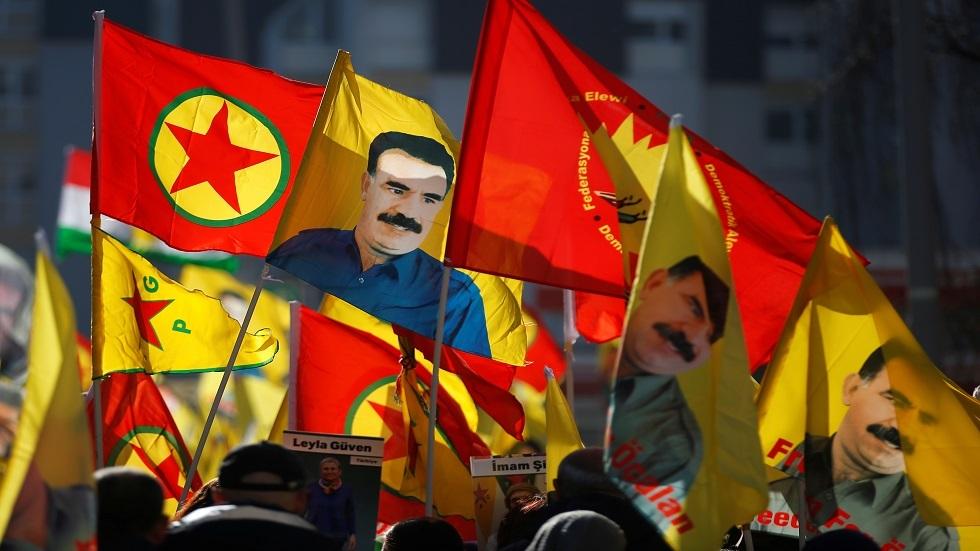 أنصار حزب العمال الكردستاني يرفعون صوره - فرنسا- أرشيف