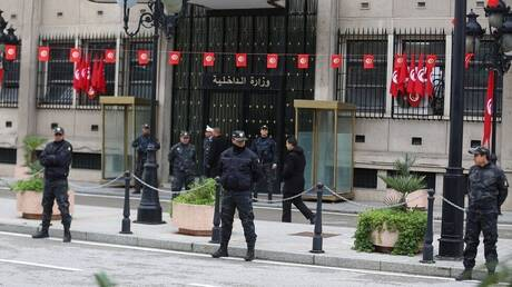 الداخلية التونسية: سنوجه تهمة القتل الخطأ لكل من ينقل عدوى كورونا ويتسبب في حالة وفاة