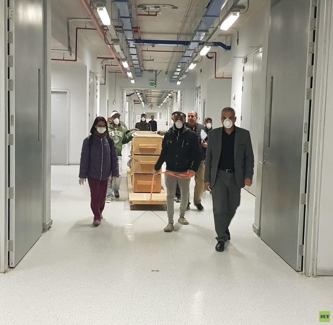 نقل قطع خشبية من مركب خوفو الثانية إلى المتحف المصري الكبير