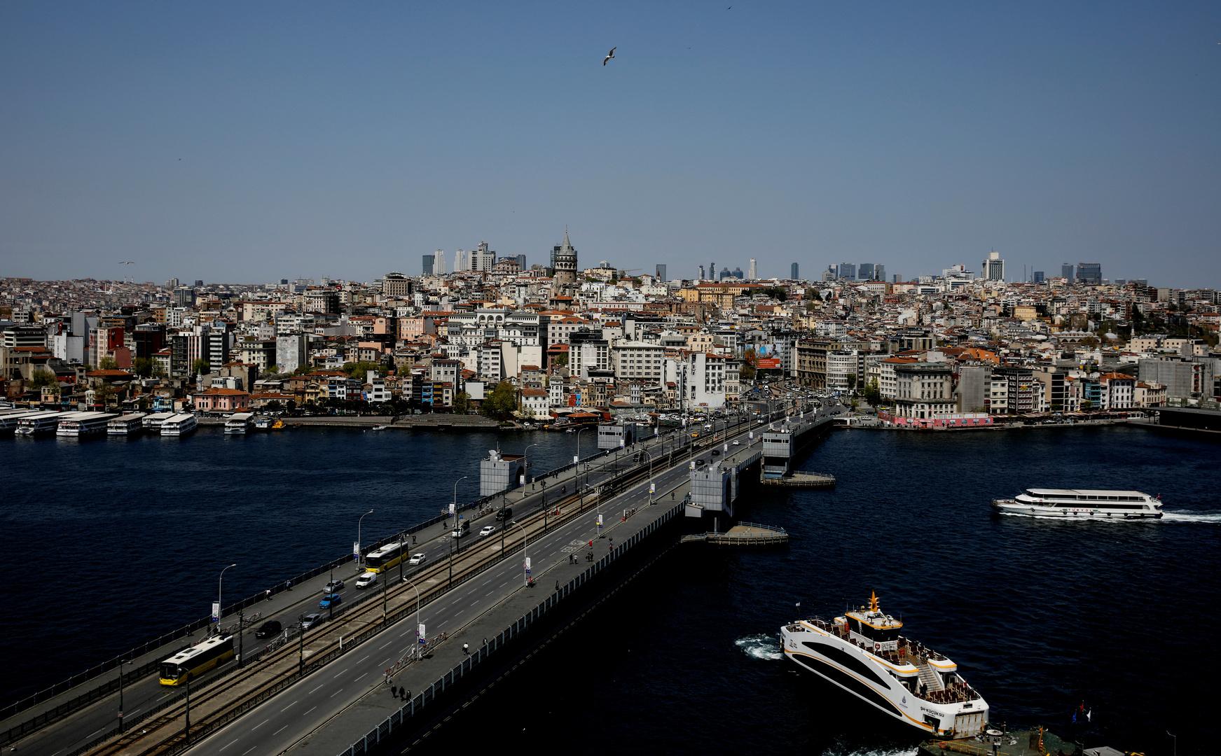 تركيا تسجل تراجعا جديدا لمعدل الإصابات والوفيات اليومية بكورونا وسط ارتفاع كبير للمتعافين
