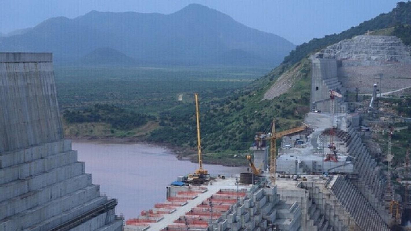 خبير مياه لـ RT: سد النهضة الإثيوبي يتعرض لمخاطر طبيعية كثيرة