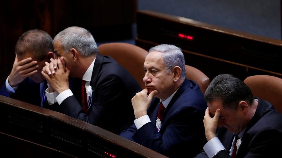 إسرائيل.. المعارضة تحاول عرقلة التشريع الخاص باتفاق نتنياهو مع غانتس
