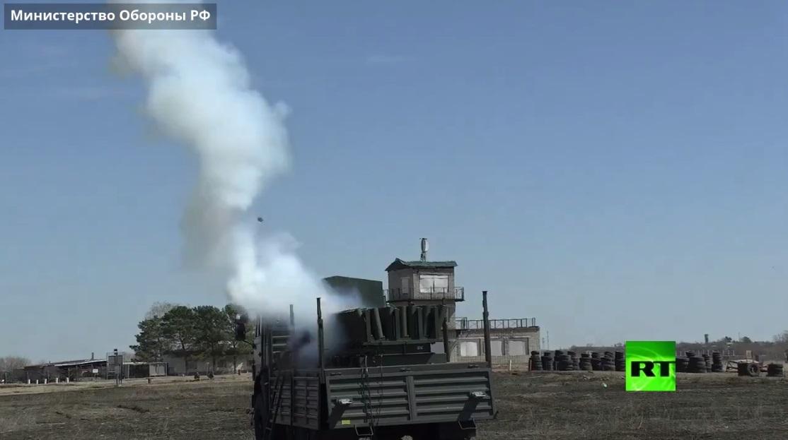 الجيش الروسي يختبر منظومة جديدة للشهب النارية