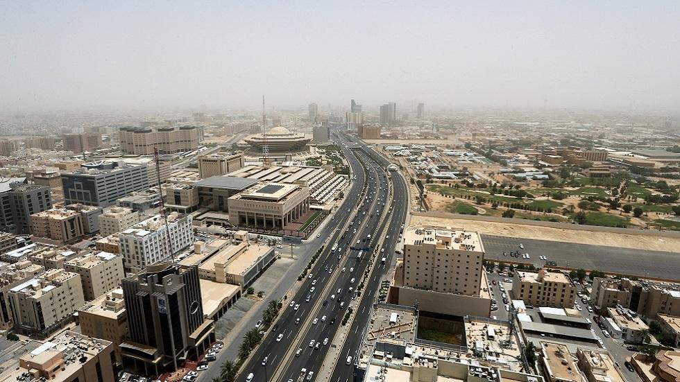 السعودية تسجل 9 وفيات وما يقرب من 2000 إصابة جديدة بفيروس كورونا