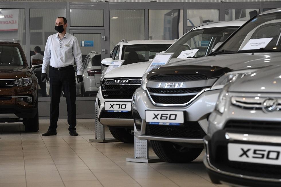 تراجع مبيعات السيارات الجديدة بروسيا في أبريل
