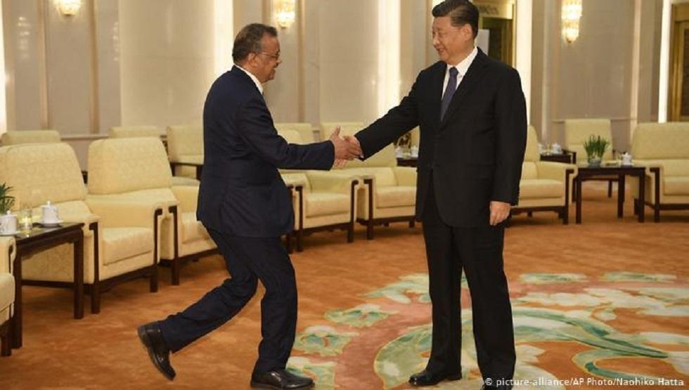 الرئيس الصيني مستقبلا مدير منظمة الصحة العالمية