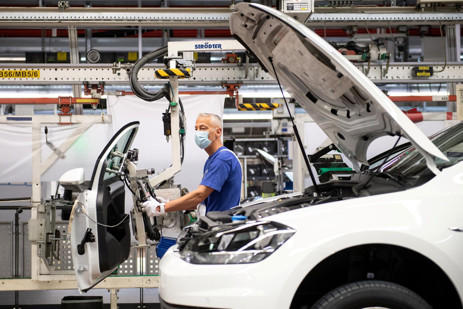 أوروبا.. هبوط الإنتاج الصناعي بـ11.3% جراء تدابير كورونا