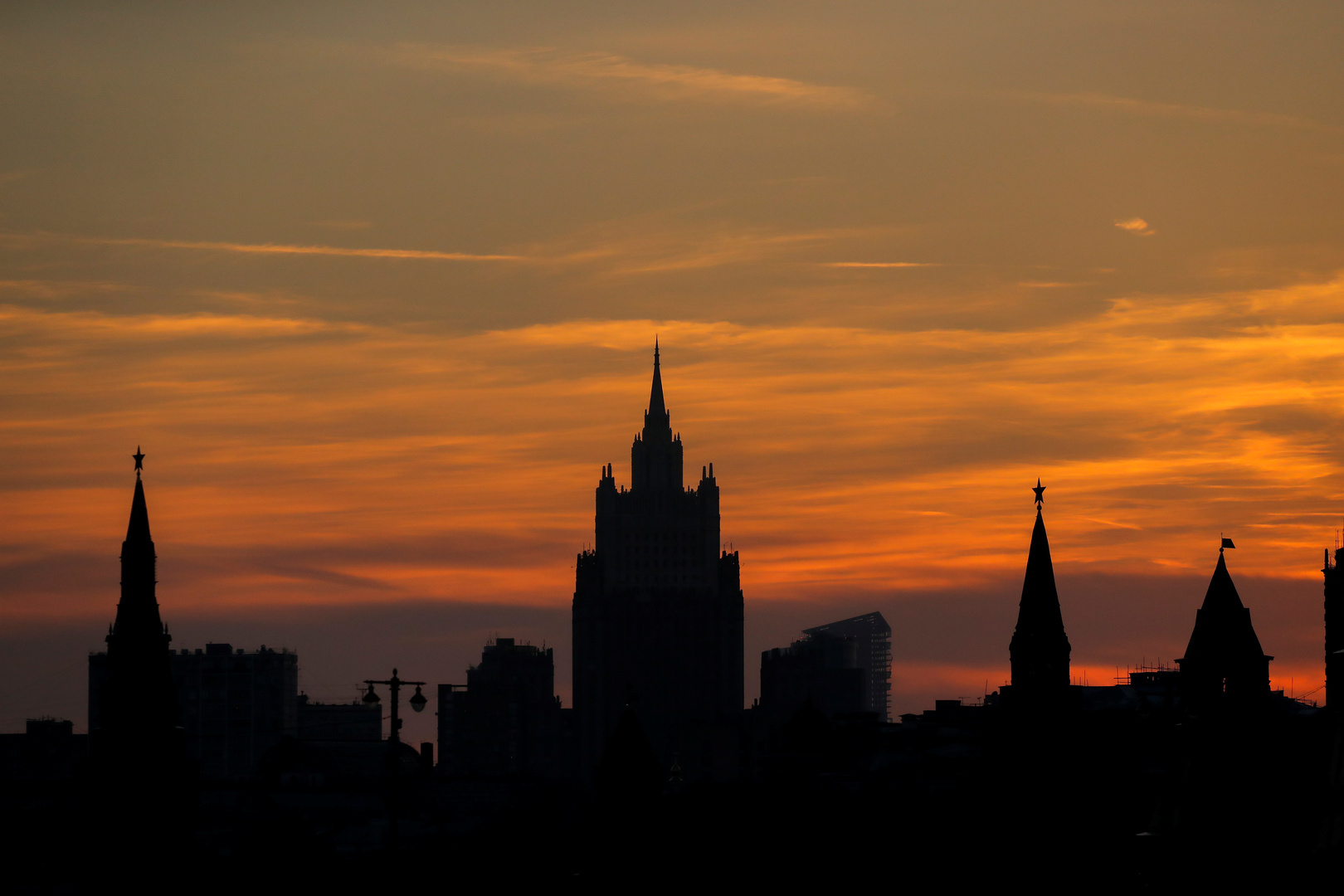 موسكو: لا أساس لإلقاء اللوم على الصين في جائحة كورونا