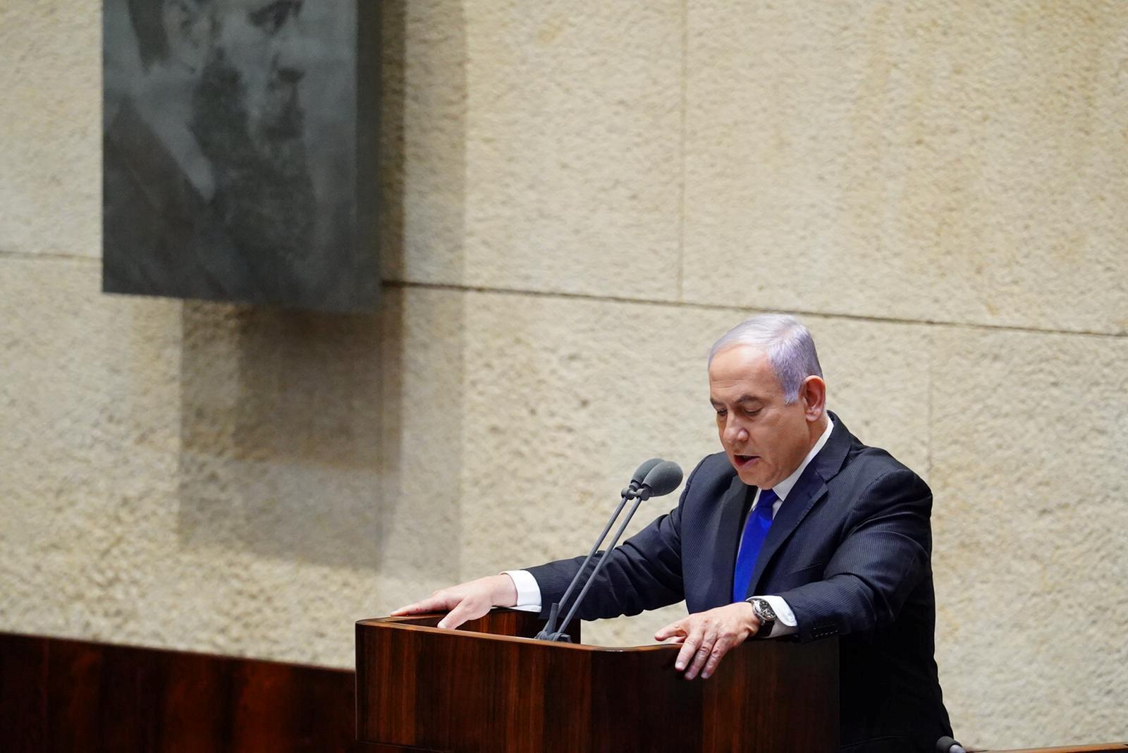 رئيس الوزراء الإسرائيلي بنيامين نتنياهو يعرض حكومته الجديدة على الكنيست