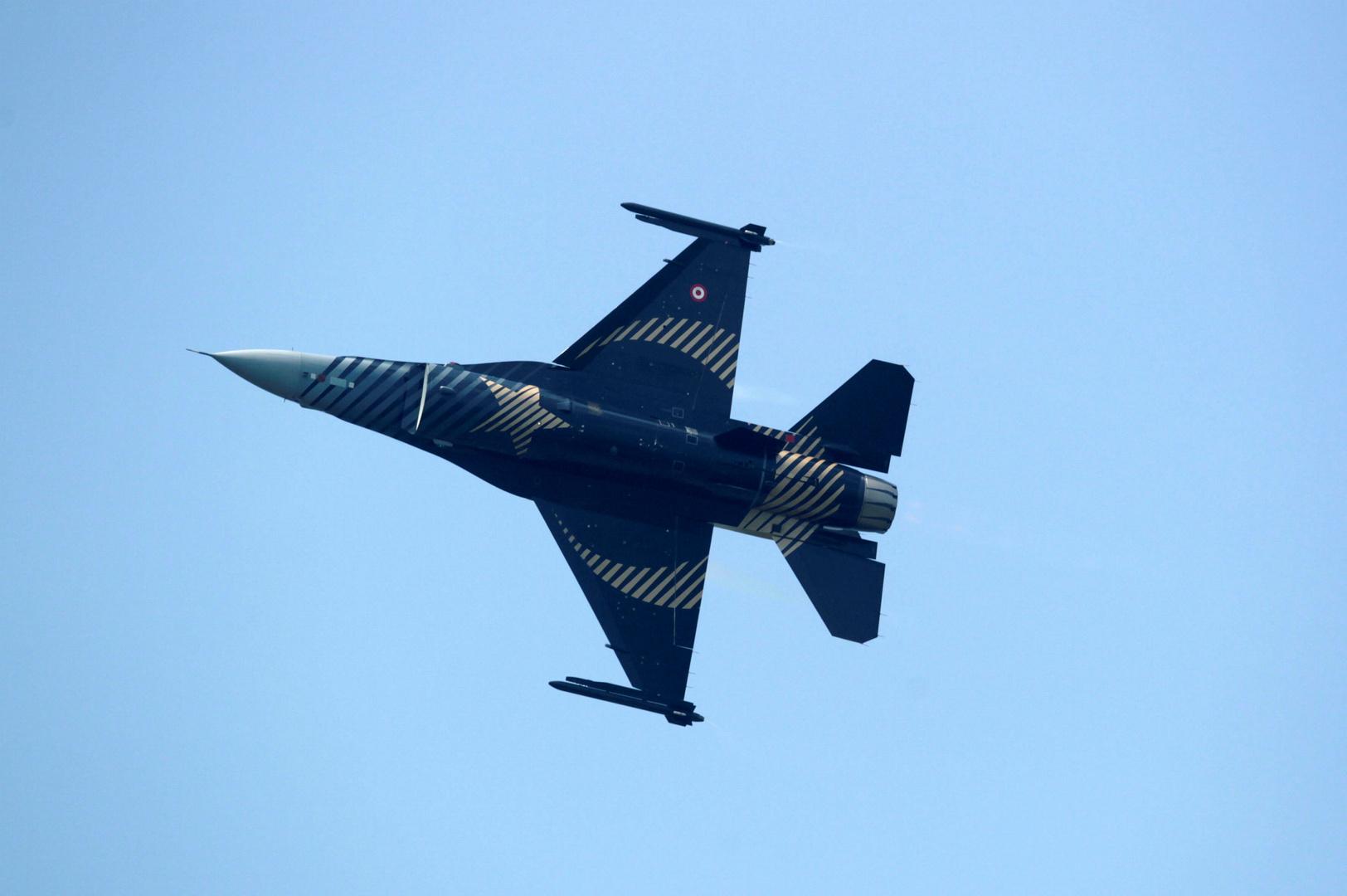 طيران حربي تركي
