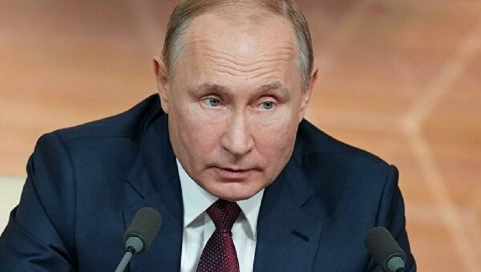 بوتين لحاكم أحد الأقاليم: لا داعي للتكهن واتركوا قرار رفع قيود الحجر للخبراء