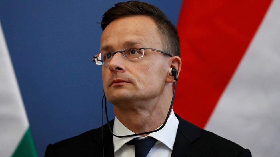 وزير الخارجية الهنغاري بيتر زيغارتو