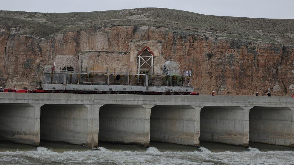 تركيا تعتزم زيادة تبادل الطاقة مع العراق