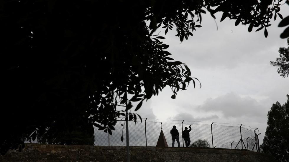 إعادة فتح المعابر جزئيا بين شطري قبرص في يونيو