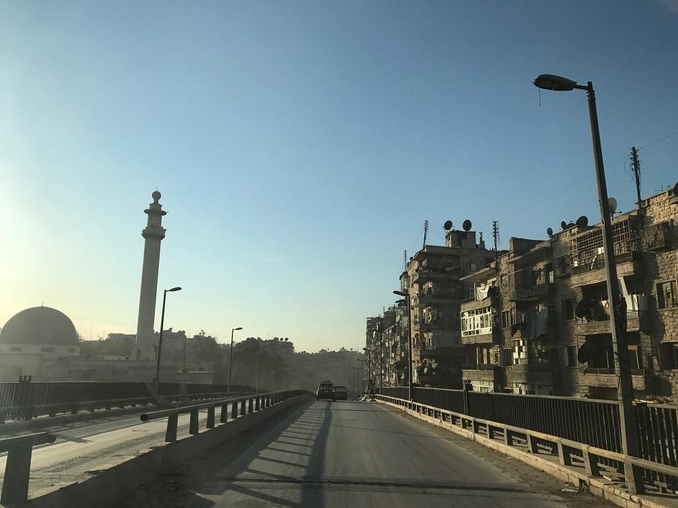 تأهيل محطات الوقود على طول الطريق بين حلب ودمشق -