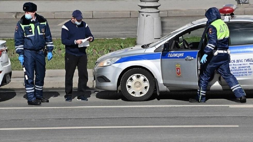 مهاجم بنك موسكو يؤكد أنه من أصحاب السوابق