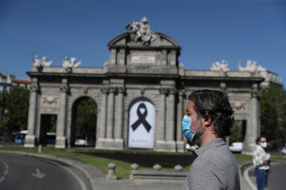 وفيات إسبانيا بفيروس كورونا تحت الخمسين