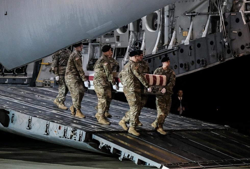وزارة الدفاع الأمريكية تعلن مقتل جندي في أكبر قواعدها بأفغانستان