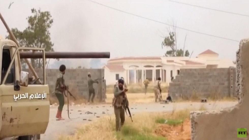 مواجهات بين الجيش وقوات الوفاق جنوب طرابلس
