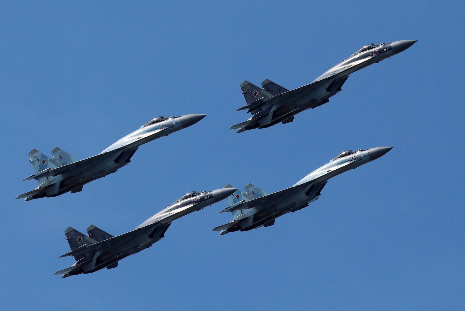 ترامب في هستيريا: سو-35 تفوقت على إف-16