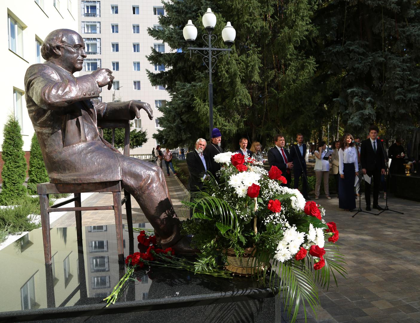 روسيا تحتفل بالذكرى الـ80 لميلاد الشاعر يوسف برودسكي