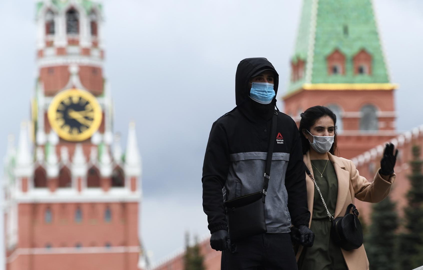 أكاديمي متخصص يحدد موعدا للانتصار على الجائحة في روسيا
