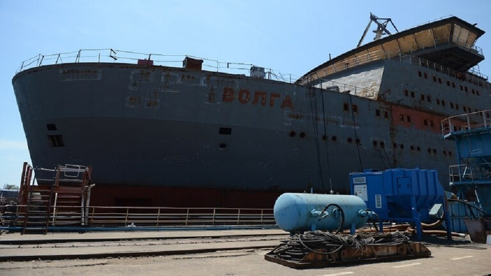 مصنع في القرم يبدأ في إنتاج سفن إنزال متعددة المهام