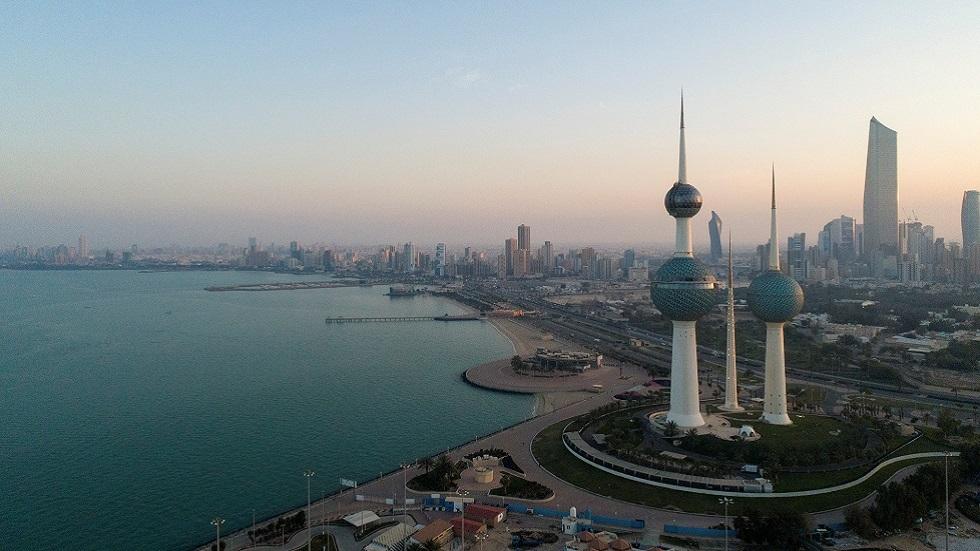 الكويت تسجل تراجعا لافتا في الإصابات بكورونا