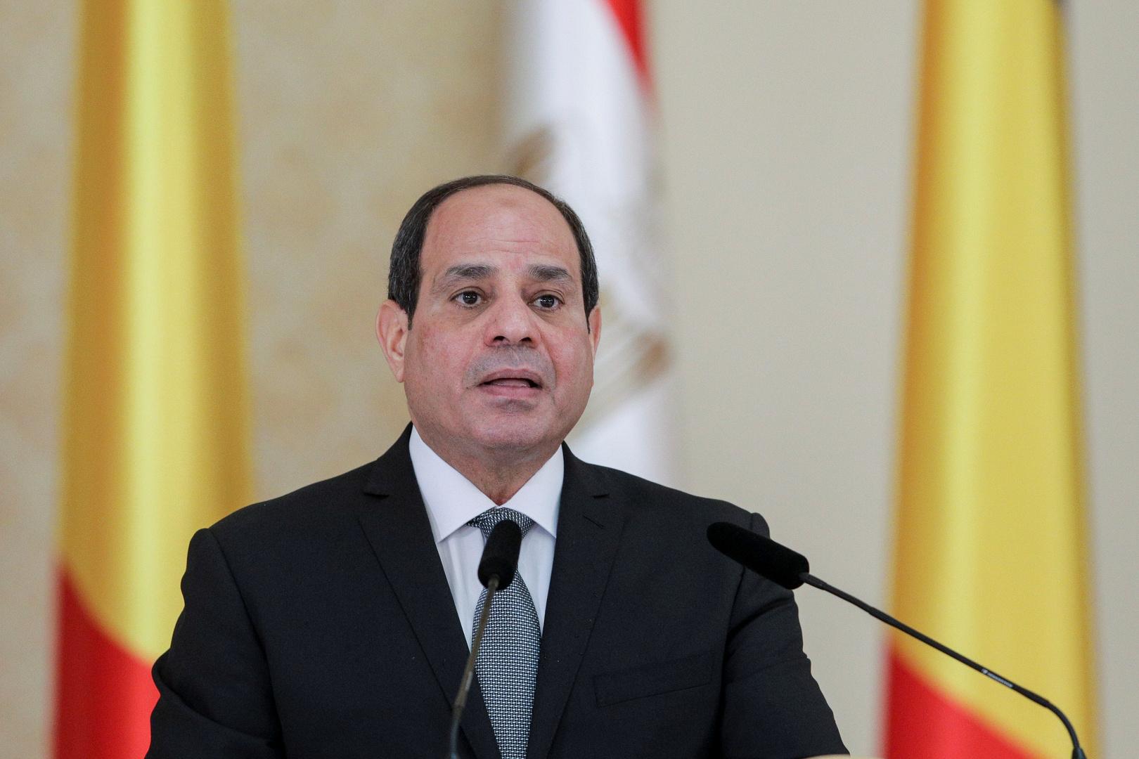 السيسي ورئيس وزراء اليونان يحذران من تدخل أطراف خارجية في ليبيا