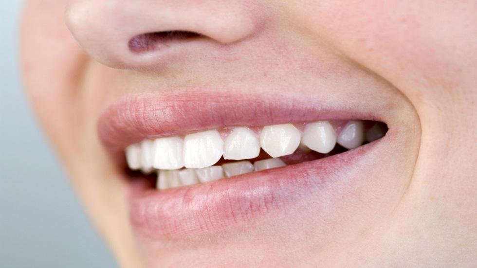 مواد مضرة بصحة الأسنان