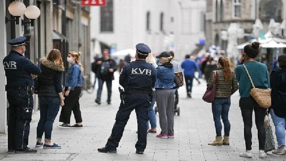 قواعد التباعد الاجتماعي في ألمانيا - أرشيف