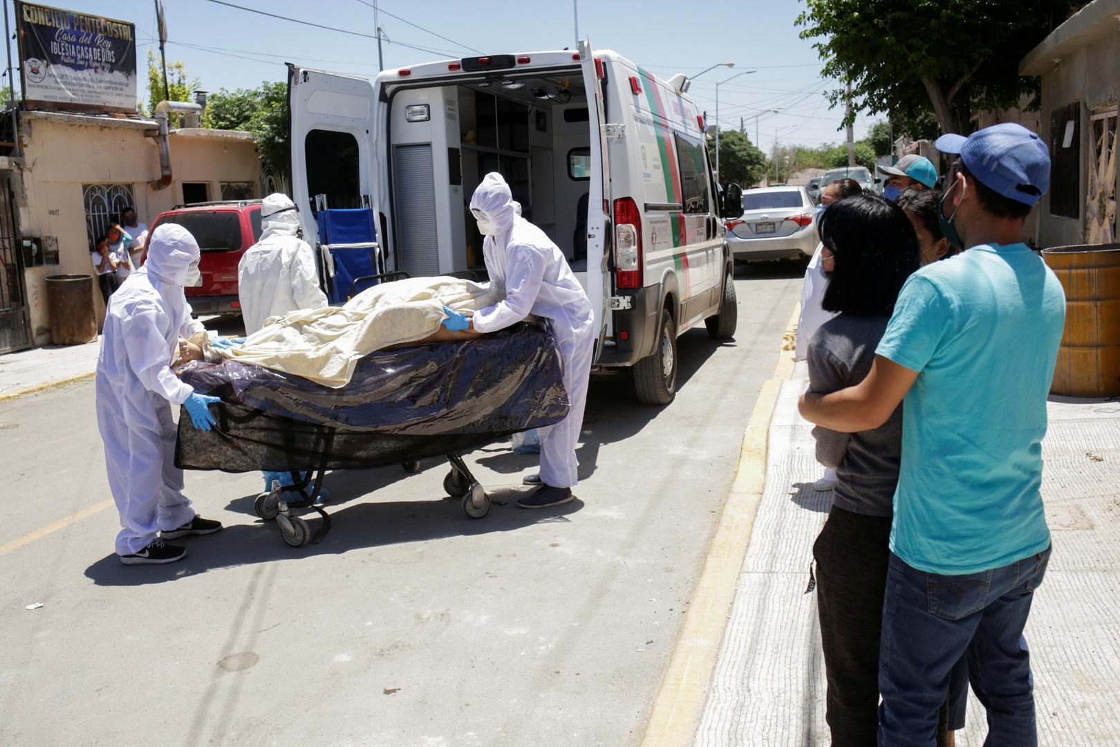 أحد ضحايا فيروس كورونا في مدينة سيوداد خواريز بالمكسيك