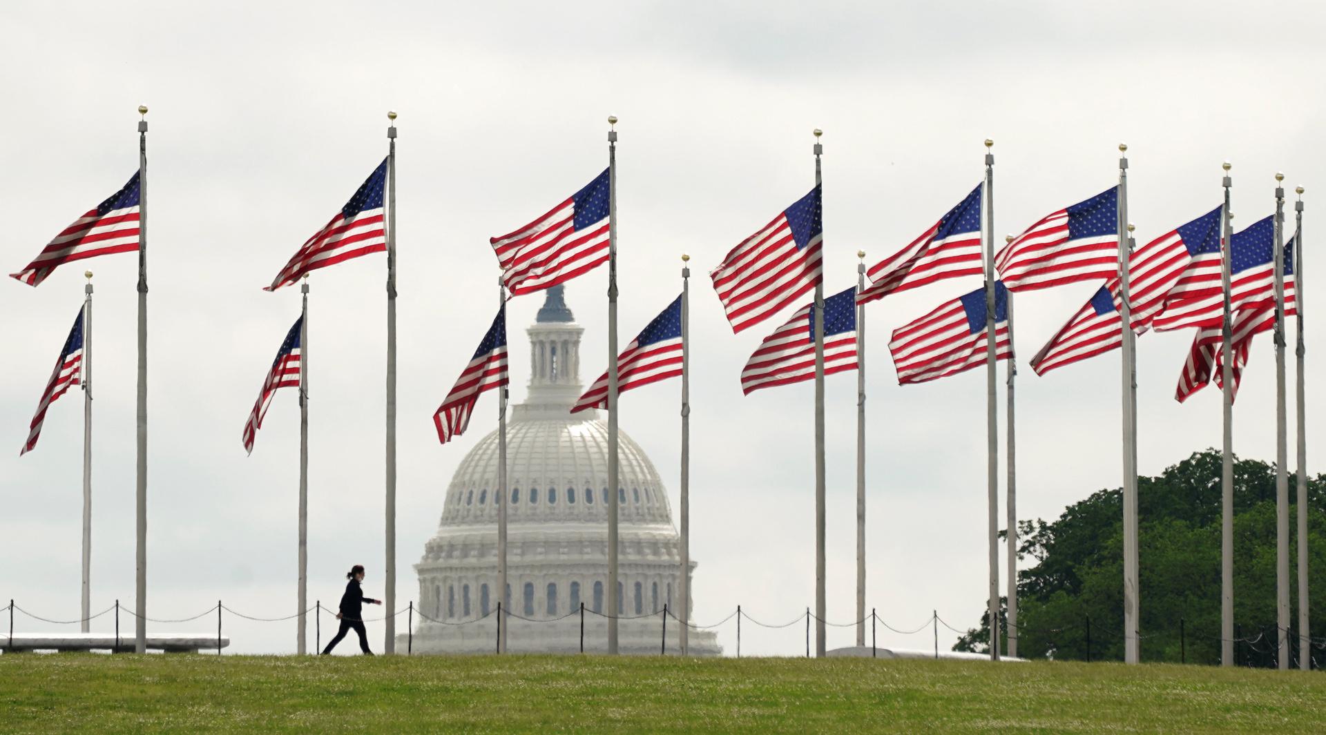 واشنطن تعلن بدء رفع قيود العزل العام اعتبارا من الجمعة